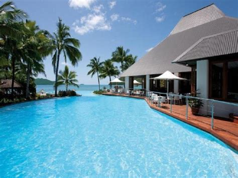 hamilton island accommodation hotels deals great best price on hamilton island reef view hotel in