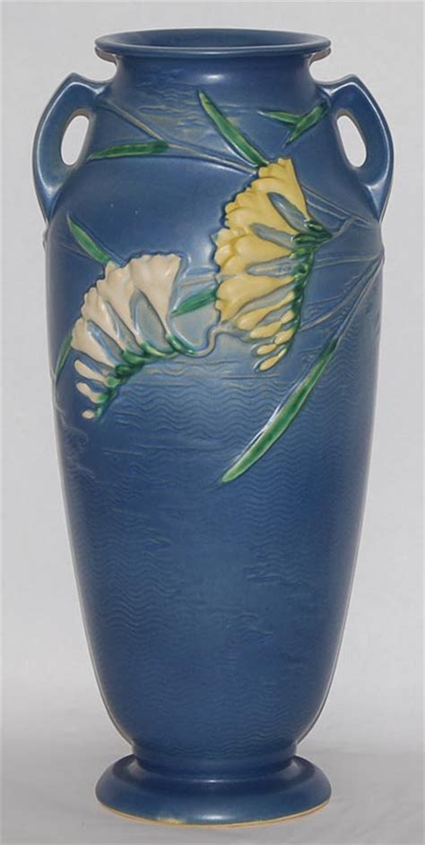 Roseville Freesia Vase by Roseville Pottery Freesia Blue Vase For Sale Antiques Classifieds