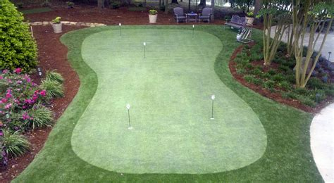 putting greens for backyards backyard putting greens intelliturf