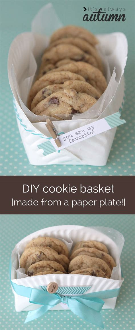 How To Bake Paper To Make It Look - easy diy cookie basket made from a paper plate it s