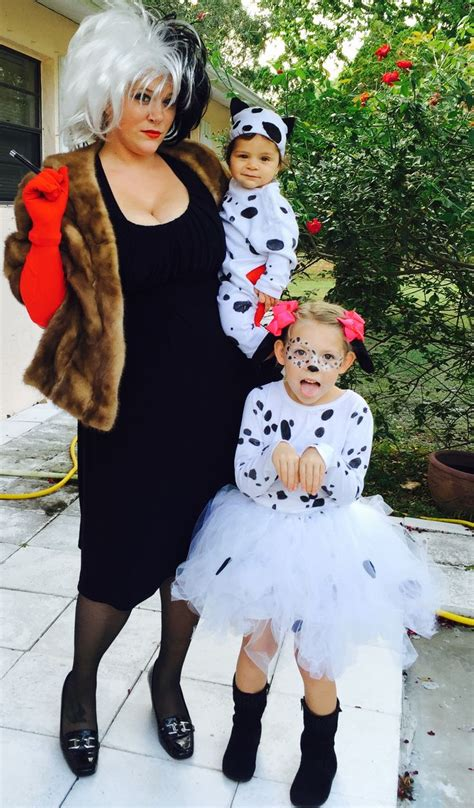 dalmatians diy family costumes  images baby