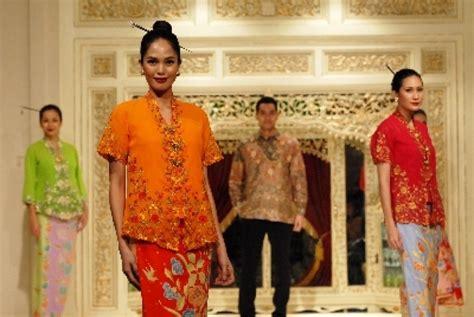 Loker Pt Batik Danar Hadi kolaborasi batik cina dan indonesia ala danar hadi republika
