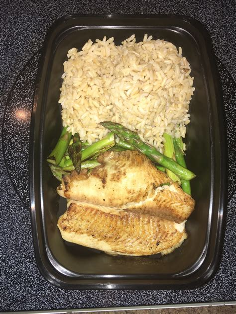 protein 8 oz chicken moderate carbohydrate meals