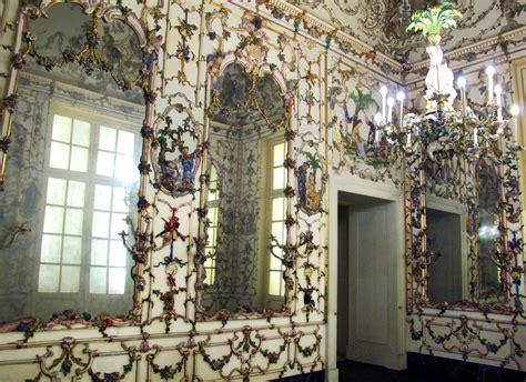c 232 pino daniele file salottino di porcellana della amalia 1757 59