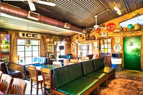 boat house grill inside dining foto di boat house grill austin tripadvisor
