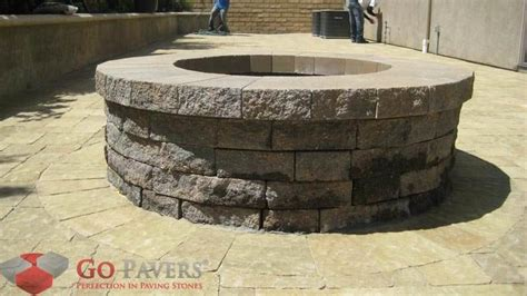 Bbqs And Firepits Go Pavers For Outdoors Kitchens Bbqs Belgard Pit