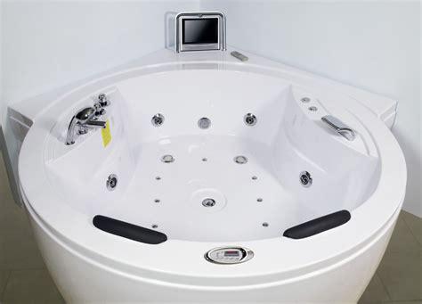 vasca idromassaggio con tv vasca idromassaggio circolare optional 180x180 con tv