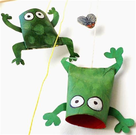 Frog With Paper - paper roll croaking frogs great summer crafts crafts