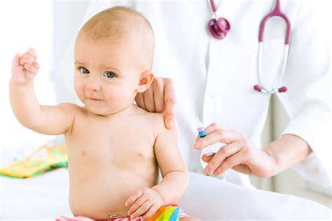 alimentazione bimbi 15 mesi vaccino morbillo meglio prima dei 15 mesi medicina