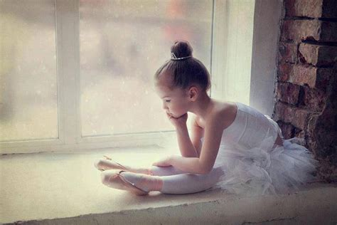 little girls ballet dancing girls hairstyles for school how to style the ballet bun 2018