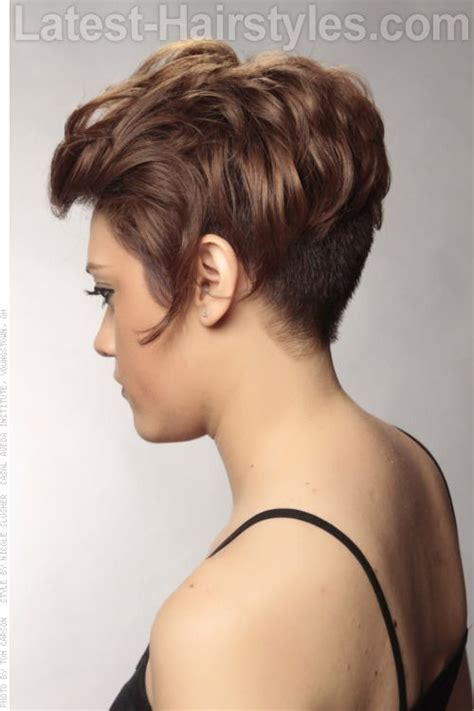 low neck short curly hair asymmetrical shiny pixie cut side view this asymmetrical