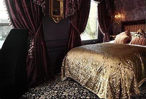 gothic bedroom decor 26 impressive gothic bedroom design ideas digsdigs