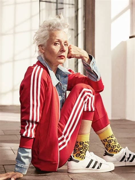 fashion for average size 45 year old these over 50 trendsetters have the coolest style 15