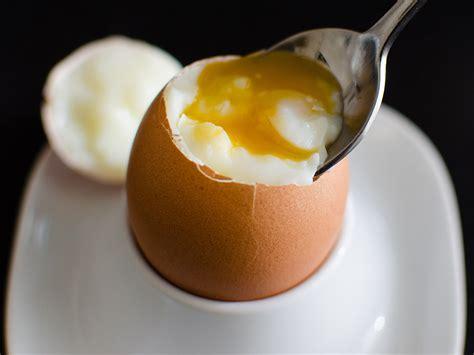 come cucinare l uovo alla coque come cucinare un uovo alla coque perfetto innaturale