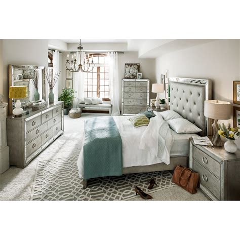 Mirrored Bedroom Set Furniture Bedroom Ideas White Polished Wood Mirrored Bedroom Furniture Grey Upholstered Tufted