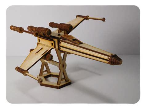 L Terlaris Holder Tongsis Model U wars x wing fighter wood model kit laser cut the best