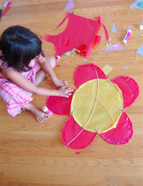 to make with toddlers how to make a beautiful kite ted s