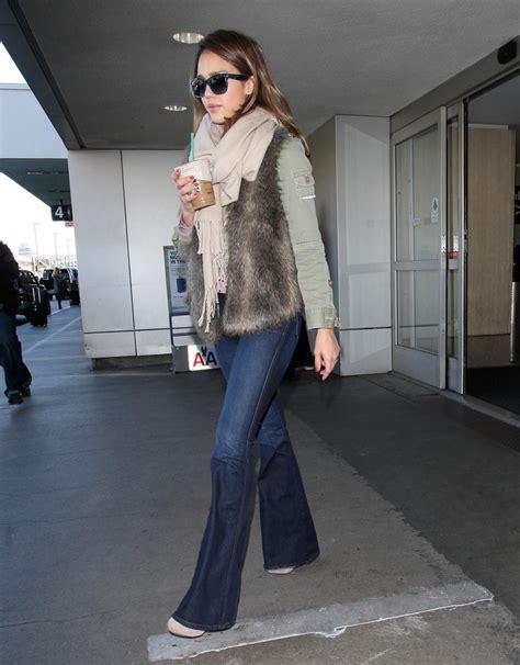 jessica alba flare jeans jessica alba flare jeans jessica alba jeans lookbook