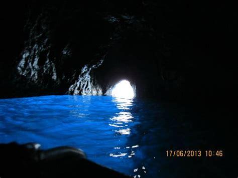 gruta azul italiajpg la gruta azul capri italia picture of blue grotto