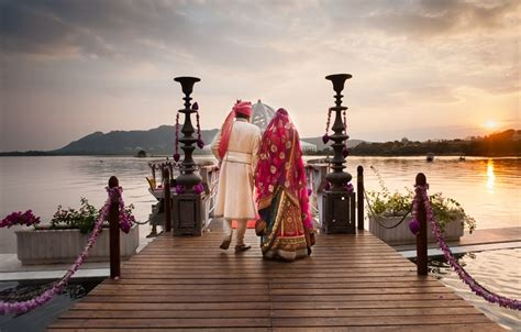 feel an amazing wedding experience with best wedding