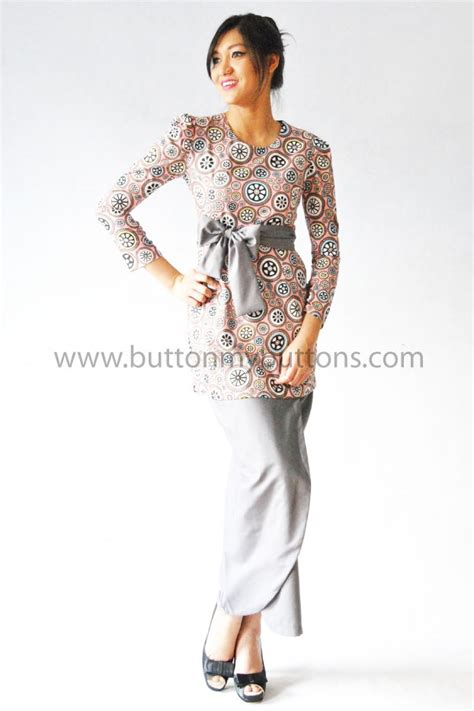gambar baju kurung modern gambar baju peplum 1000 images about bridesmaid dress on