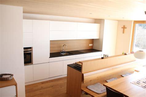 Bodenfliesen Küche Kaufen by Wei 223 E Eichenk 252 Che M 246 Belideen