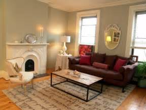 decorating my living room exellent home design elegant maroon living room design