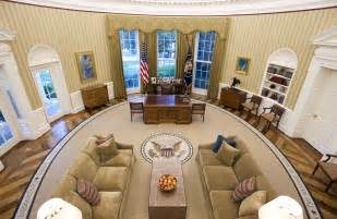 Yellow Oval Office by Inside The White House Oval Office Images Amp Pictures Becuo