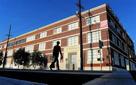 la downtown arts district booming appa real estate old coca cola building in l a to be refreshed as plush