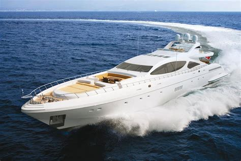 Mangusta 165 is the world?s fastest maxi open yacht