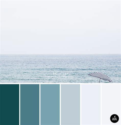 white blue color scheme blog akula kreative