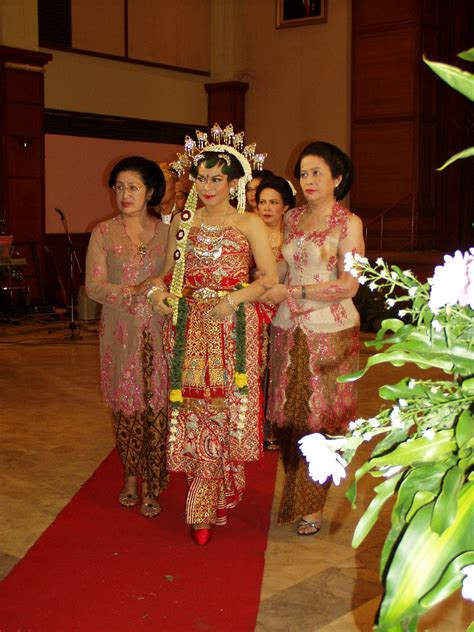 wedding java wedding gallery traditional javanese wedding dress ideas