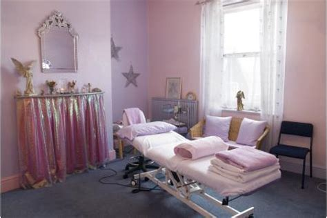 rooms y therapist gives him yeleni therapy support complementary health centre charity localgiving
