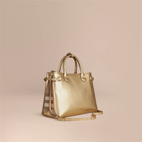 Tas Burberry Ribbon Set 2 In 1 Gold Series Jj 4725 1 the medium banner in leather and house check burberry