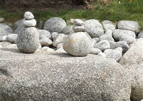 garten steinfiguren koreanischer garten berlin marzahn steinfiguren aus