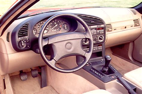 1992 98 BMW 318i   Consumer Guide Auto