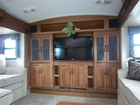 5th wheel with living room in front front living room montana fifth wheel cers pinterest