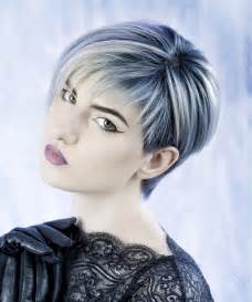 in hair style abd colour 2015 a short blonde hairstyle from the frozen collection by