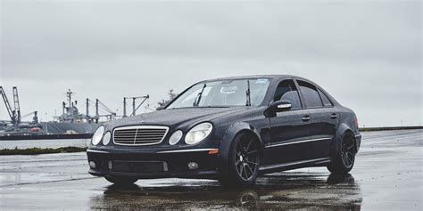 weekend wallpaper   mercedes benz  amg edition