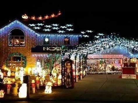 updated best christmas lights displays in the chicago