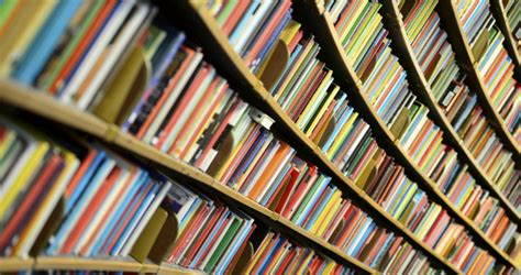 The Shelf Traduction by Six Easy To Read Books For Language Learners