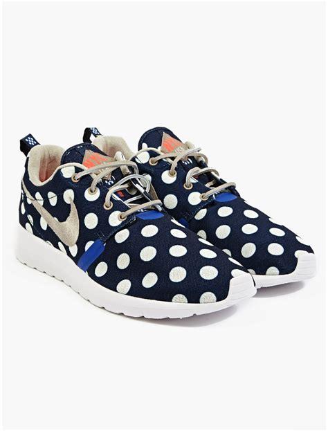 polka dot sneakers nike mens polka dot roshe run nyc sneakers in blue for