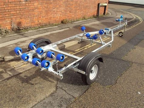 boat trailers for sale exeter extreme 500 swing boat trailer in devon south west