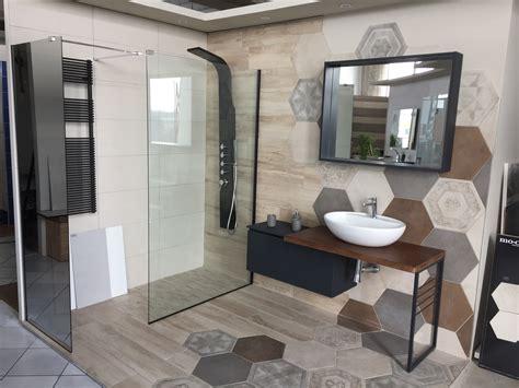 piastrelle effetto legno per bagno bagno industriale gr 232 s effetto legno ed esagona mobile