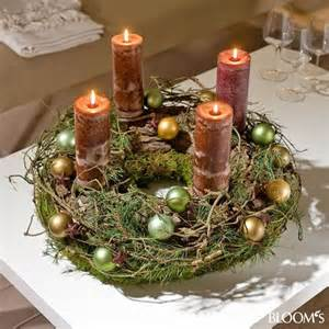 adventskranz dekoration 220 ber 1 000 ideen zu moderne weihnachtsdekoration auf