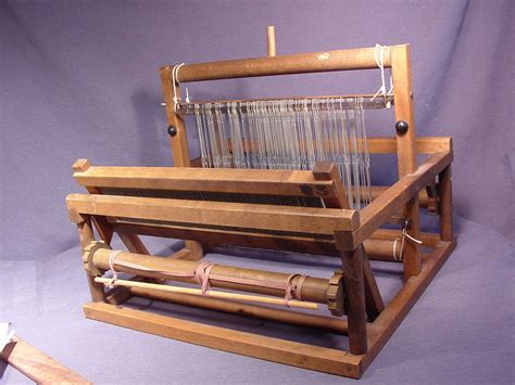 peacock 12 quot table top frame weaving loom 15 threads inch