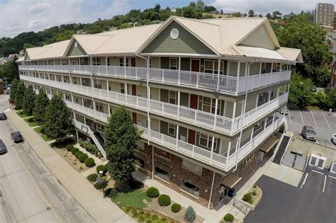 2 Bedroom Apartments Morgantown Wv by 1 2 Bedroom Apartments For Rent Near Downtown Morgantown Wv