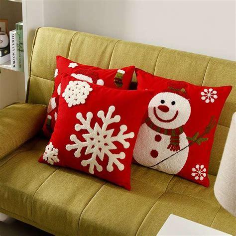 cuscini natalizi cuscini per divani natalizi platecolorado