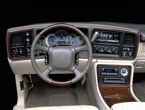 how do cars engines work 2002 cadillac escalade head up display image 2002 cad escalade interior size 550 x 419 type gif posted on december 31 1969 4