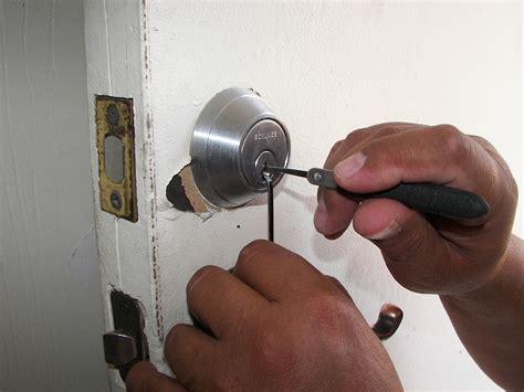 comment ouvrir sa porte de voiture sans clef